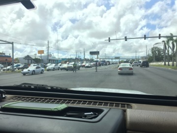 Officers directing traffic (Isabela)